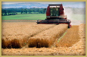 Kansas City Farm Equipment Accident Attorneys | Missouri Farm